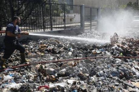 Xử lý rác thải: Trách nhiệm không của riêng ai
