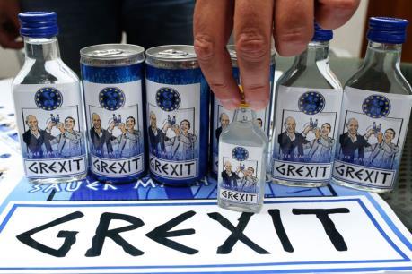 Đa số người dân Hy Lạp muốn thoát khủng hoảng hơn kịch bản rời EU