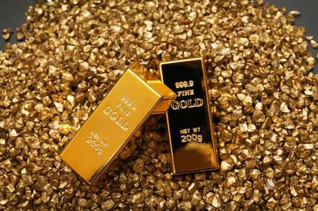 Giá vàng thế giới rơi xuống mức thấp nhất trong sáu tuần