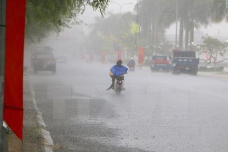 Dự báo thời tiết Hà Nội 10 ngày tới: Mưa dông kéo dài đến hết tuần