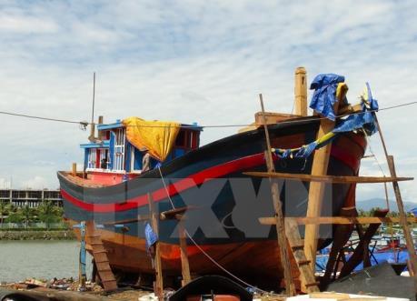Thủ tướng yêu cầu điều tra rõ việc đóng tàu cá kém chất lượng