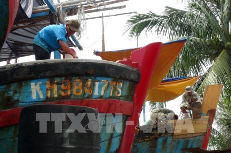 Ngư dân muốn tháo bỏ toàn bộ vỏ thép Trung Quốc