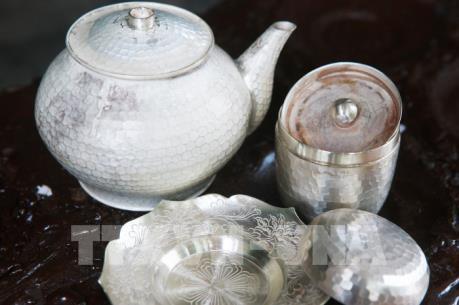 Thăm làng nghề chạm bạc Đồng Xâm gần 600 tuổi ở Thái Bình