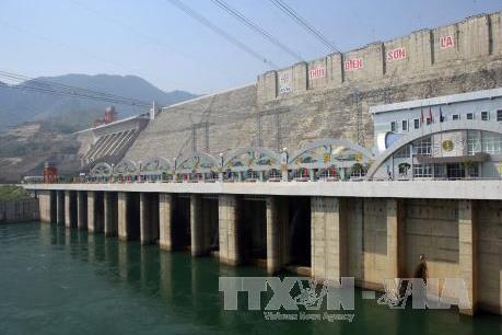 Thủy điện Sơn La phát điện trở lại