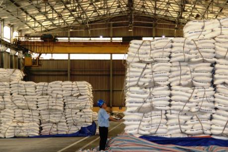 Điều kiện nào tham gia đấu giá thí điểm hạn ngạch thuế quan nhập khẩu 89.500 tấn đường?