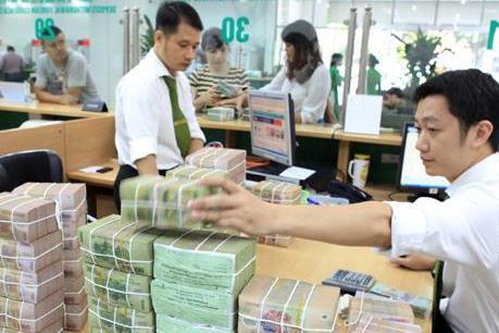 Các Tổ chức tín dụng phải báo cáo thường xuyên kết quả tái cơ cấu