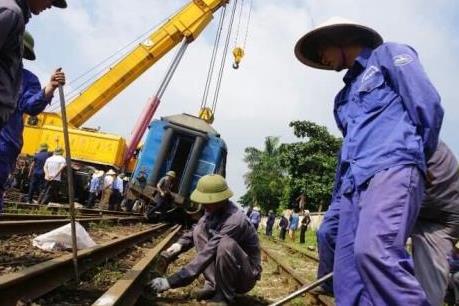 Đường sắt lại xảy ra sự cố trật bánh tại Ga Yên Viên