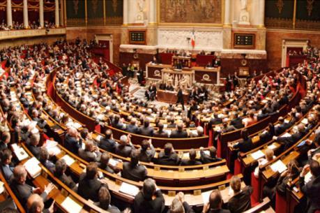 Quốc hội Pháp thông qua dự luật làm trong sạch bộ máy chính trị