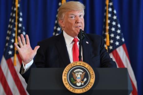"""Tổng thống Donald Trump nỗ lực cải cách  """"thay máu"""" hệ thống thuế của Mỹ"""