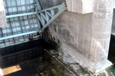 Nhiều hạng mục tại hồ chứa nước Suối Vực - Phú Yên xuống cấp chỉ sau 2 năm khai thác