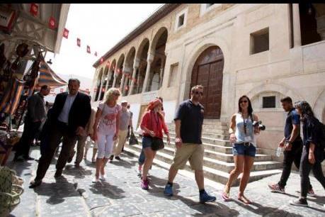 """""""Ván bài"""" của ngành du lịch Tunisia"""