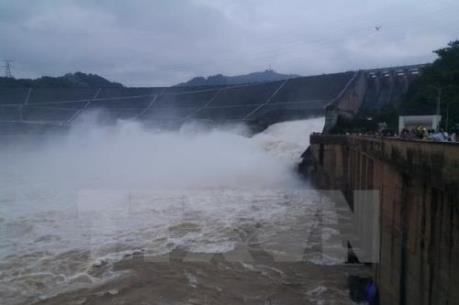 Hai nhà máy thủy điện ở Phú Yên tăng tổng lưu lượng xả lũ lên hơn 5.000 m3/giây