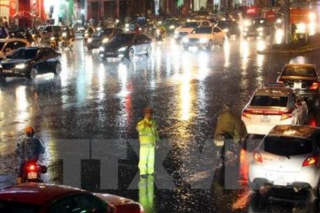 Dự báo thời tiết: Mưa dông khu vực nội thành Hà Nội