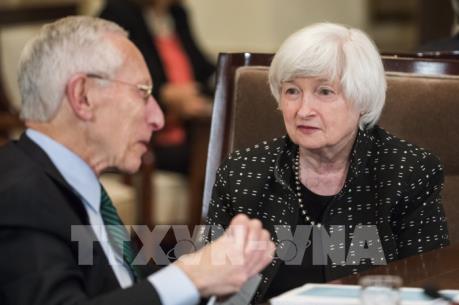 Fed vẫn để ngỏ khả năng tăng lãi suất sau siêu bão Harvey và Irma