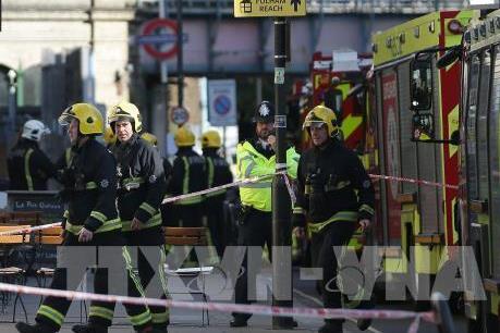 Vụ nổ bom tại London: Bắt giữ thêm 2 nghi phạm