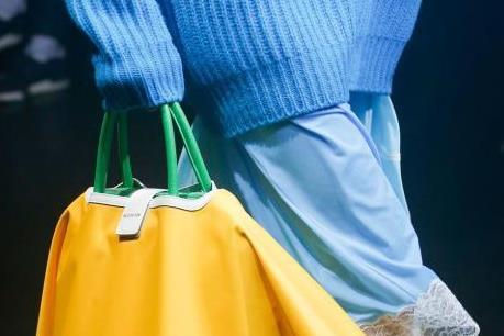 5 xu hướng túi xách nổi bật nhất mùa Xuân Hè 2018