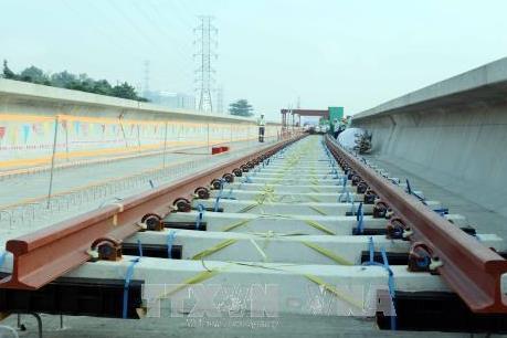 Tp. Hồ Chí Minh lắp đường ray cho tuyến metro số 1