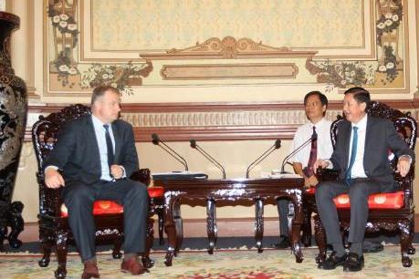 Belarus muốn đầu tư trong lĩnh vực giao thông công cộng ở Tp. Hồ Chí Minh