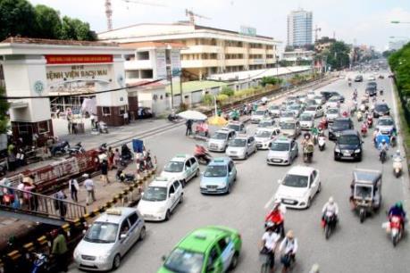 Bệnh viện Bạch Mai lên tiếng trước thông tin taxi độc quyền, chặt chém bệnh nhân