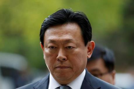 Chủ tịch tập đoàn Lotte có thể bị phạt 100 tỷ won