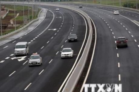 Những vấn đề đặt ra khi đầu tư đường bộ cao tốc Bắc - Nam