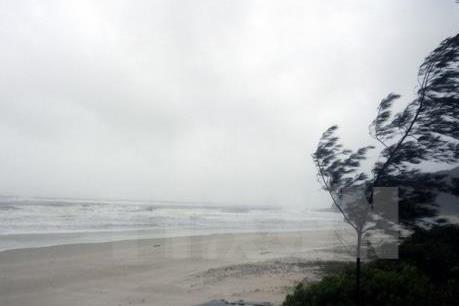 Áp thấp nhiệt đới di chuyển theo hướng Tây Tây Nam