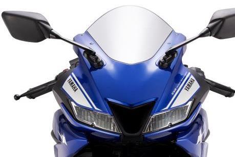 Yamaha YZF-R15 về Việt Nam có giá bán 93 triệu đồng
