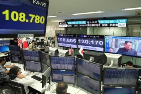 Sắc xanh-đỏ đan xen trên thị trường chứng khoán châu Á