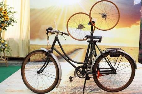 Loạt xe đạp độc và lạ giá bằng xe ô tô tại Vietnam Cycle 2017