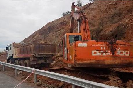 Chủ đầu tư nói gì về sự cố tại dự án đường cao tốc Đà Nẵng-Quảng Ngãi?