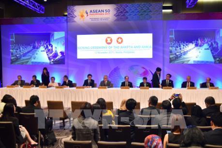 Nâng cao hiệu quả hợp tác kinh tế Hong Kong-ASEAN