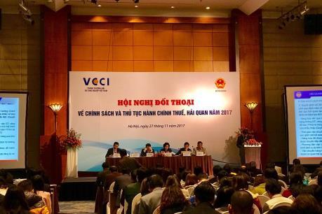 Bộ Tài chính đối thoại với doanh nghiệp về chính sách thuế, hải quan