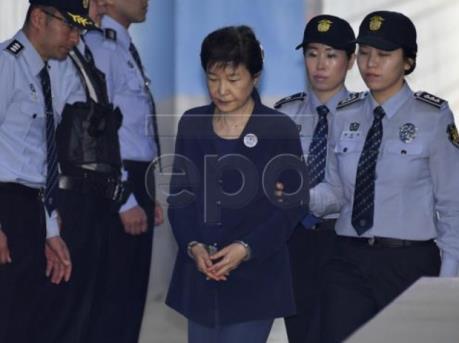 Tòa án Hàn Quốc nối lại phiên xử cựu Tổng thống Park Geun-hye vắng mặt bị cáo