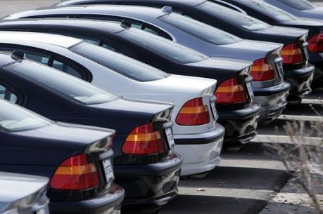 """Thuế nhập khẩu tăng, xe cũ """"khó đường về"""""""