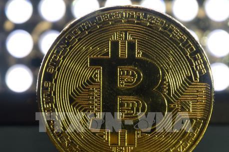 """Bitcoin thổi bùng quan ngại """"bong bóng"""" trên thị trường tiền ảo"""