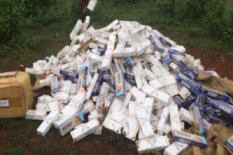 Xử phạt 23 đối tượng vận chuyển thuốc lá nhập lậu hơn 2,5 tỷ đồng