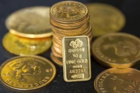 Giá vàng thế giới chạm mức thấp nhất trong hai tháng