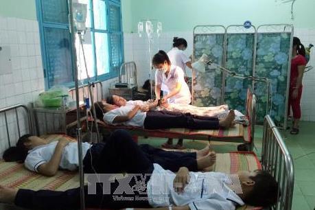 36 học sinh Ninh Thuận nhập viện sau bữa sáng