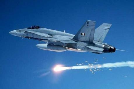 Canada mua 30 máy bay chiến đấu đã qua sử dụng của Australia