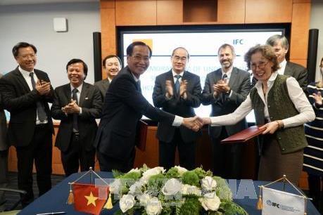 Tiếp tân đối ngoại thúc đẩy quan hệ Việt Nam-Hoa Kỳ