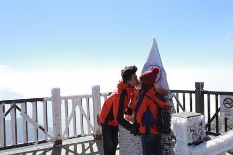 Đẹp ngây ngất thiên đường tuyết rơi tại Lễ hội mùa đông Sun World Fansipan Legend