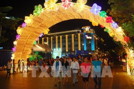 Tp Hồ Chí Minh: Lễ hội ánh sáng đón chào năm mới sẽ diễn ra tại Phố đi bộ Nguyễn Huệ