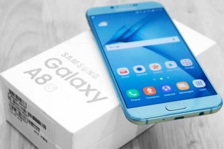 """Samsung Galaxy A8 sẽ """"lên kệ"""" vào ngày 5/1 tới"""