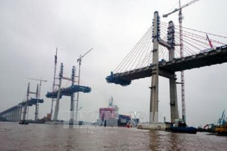 Quảng Ninh sẽ hợp long cầu Bạch Đằng trước ngày 30/4
