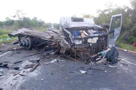 Tai nạn giao thông liên hoàn làm hàng chục người thương vong