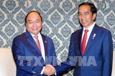 Thủ tướng tiếp xúc song phương bên lề Hội nghị cấp cao kỷ niệm ASEAN-Ấn Độ
