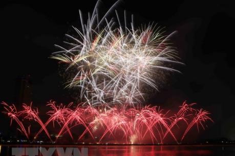 7 điểm bắn pháo hoa mừng Tết Mậu Tuất tại Tp. Hồ Chí Minh