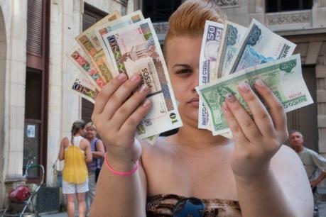 Cuba chuẩn bị loại bỏ hệ thống tiền tệ kép