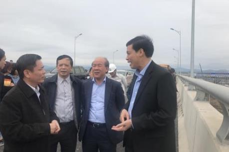 Yêu cầu đẩy nhanh tiến độ các dự án giao thông trọng điểm tại Quảng Ninh