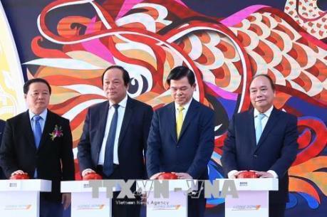 Thủ tướng Chính phủ Nguyễn Xuân Phúc phát lệnh khởi công Dự án Tổ hợp hóa dầu miền Nam